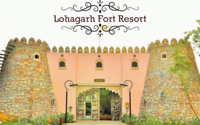 Отель Lohagarh Fort Resort вид на фасад