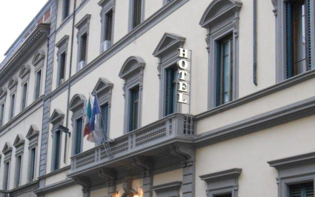 Hotel Giglio вид на фасад