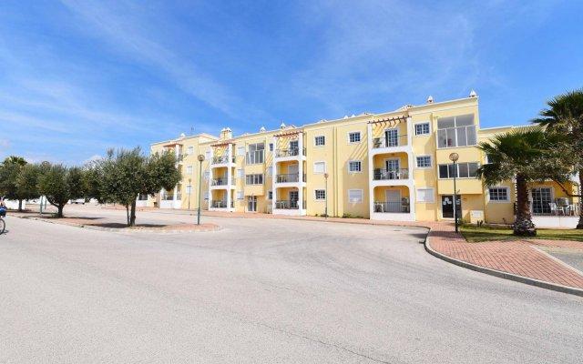 Апартаменты Praia da Lota Resort - Apartments вид на фасад