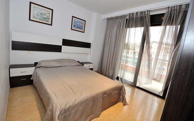 Отель Roman Lloretholiday Испания, Льорет-де-Мар - отзывы, цены и фото номеров - забронировать отель Roman Lloretholiday онлайн