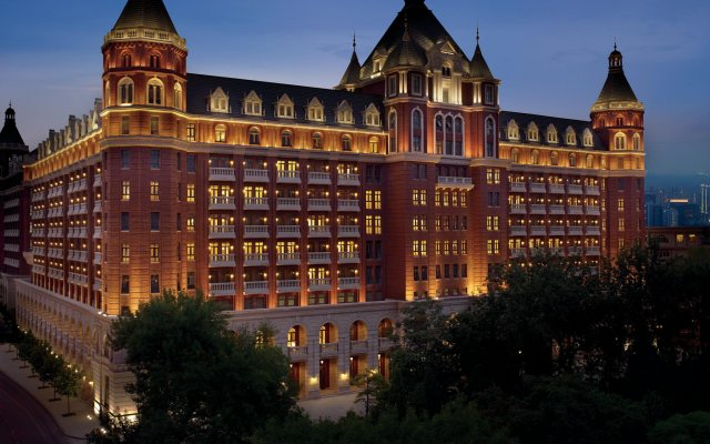 Отель The Ritz-Carlton, Tianjin вид на фасад