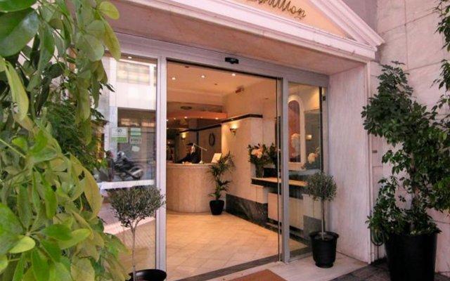 Отель Achillion Apartments Греция, Афины - 3 отзыва об отеле, цены и фото номеров - забронировать отель Achillion Apartments онлайн вид на фасад