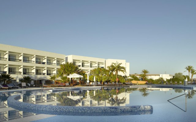 Отель Grand Palladium Palace Ibiza Resort & Spa - Все включено вид на фасад
