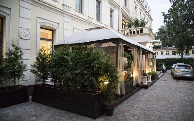 Гостиница Садовническая вид на фасад