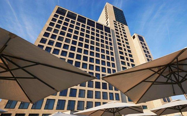 Отель Waldorf Astoria Berlin Германия, Берлин - 3 отзыва об отеле, цены и фото номеров - забронировать отель Waldorf Astoria Berlin онлайн вид на фасад
