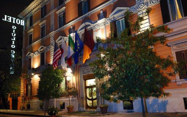 Hotel Giulio Cesare вид на фасад