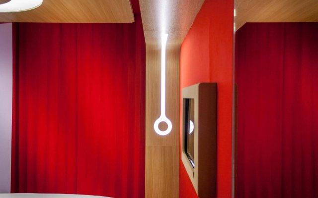Отель Hôtel Odyssey by Elegancia Франция, Париж - 1 отзыв об отеле, цены и фото номеров - забронировать отель Hôtel Odyssey by Elegancia онлайн комната для гостей