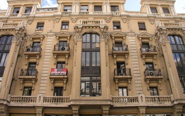 Отель Hostal Hispano - Argentino Испания, Мадрид - 1 отзыв об отеле, цены и фото номеров - забронировать отель Hostal Hispano - Argentino онлайн вид на фасад