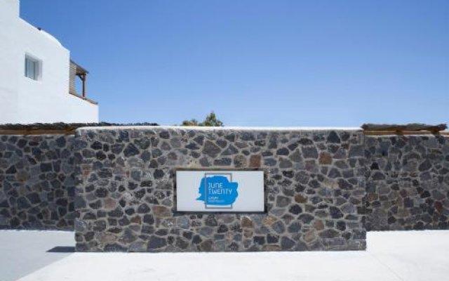 Отель June Twenty Suites Греция, Остров Санторини - отзывы, цены и фото номеров - забронировать отель June Twenty Suites онлайн вид на фасад
