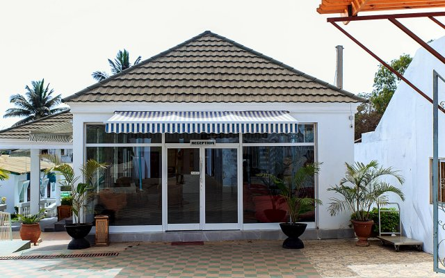 Paradise Suites Hotel in Kololi, Gambia from 746$, photos, reviews - zenhotels.com hotel front