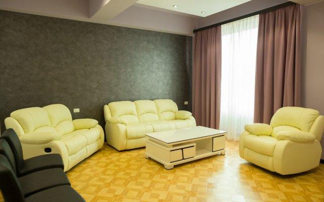 Отель Апарт-Отель Grand Hills Yerevan Армения, Ереван - отзывы, цены и фото номеров - забронировать отель Апарт-Отель Grand Hills Yerevan онлайн комната для гостей