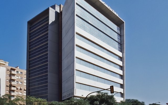 AC Hotel Som by Marriott вид на фасад