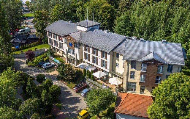 Отель BEST WESTERN Villa Aqua Hotel Польша, Сопот - 2 отзыва об отеле, цены и фото номеров - забронировать отель BEST WESTERN Villa Aqua Hotel онлайн вид на фасад