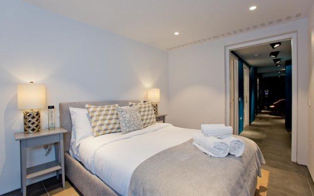 Отель Luxury Royalty Mews Лондон комната для гостей
