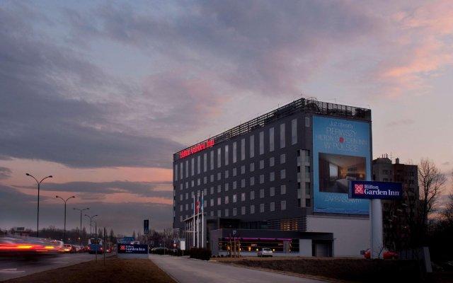 Отель Hilton Garden Inn Krakow Краков вид на фасад