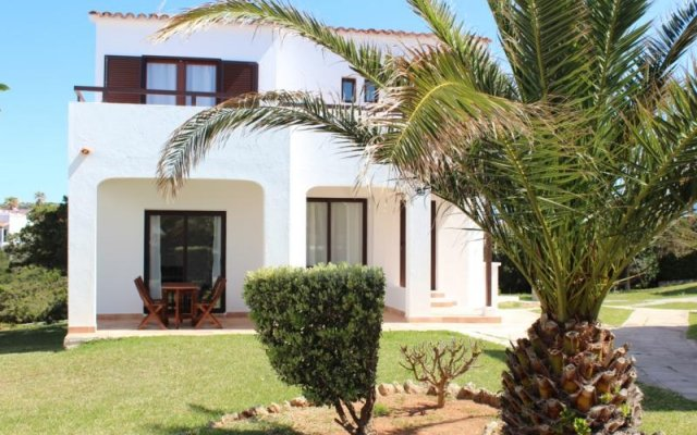 Отель Villas Yucas Испания, Кала-эн-Форкат - отзывы, цены и фото номеров - забронировать отель Villas Yucas онлайн вид на фасад