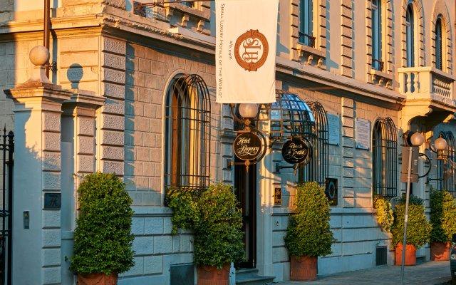 Hotel Regency вид на фасад