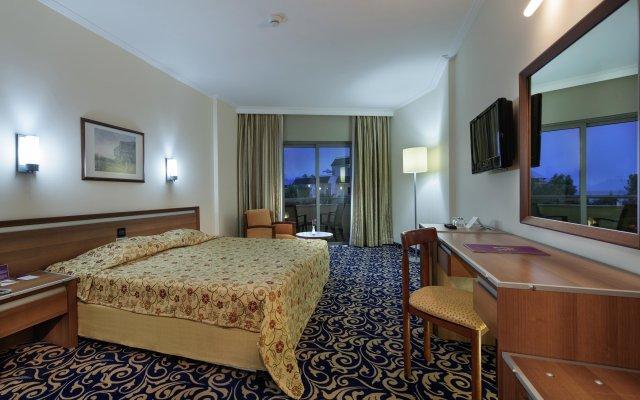 Queens Park Resort Турция, Кемер - отзывы, цены и фото номеров - забронировать отель Queens Park Resort онлайн комната для гостей