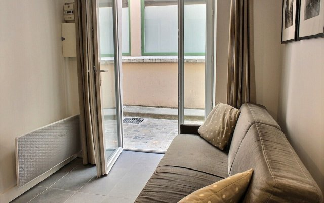S05003 - Sophisticated Studio for 2 People in the Latin Quarter