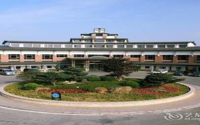 Tongli Lakeview Hotel