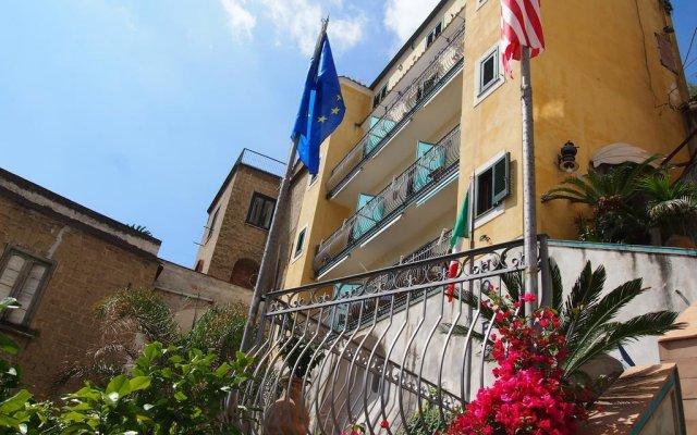 Отель Palazzo Vingius Минори вид на фасад