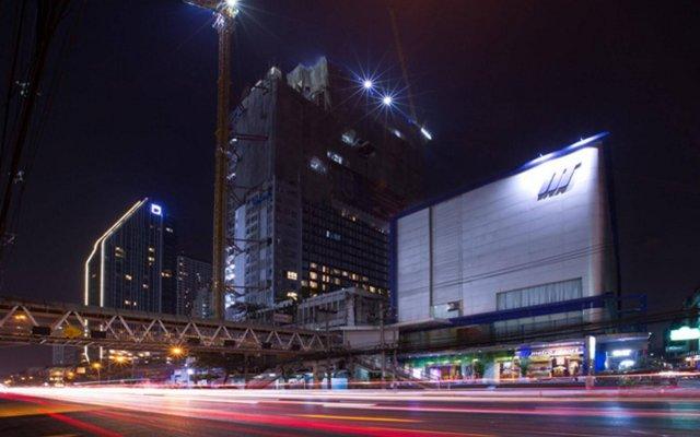 Отель Metro Resort Pratunam Бангкок вид на фасад