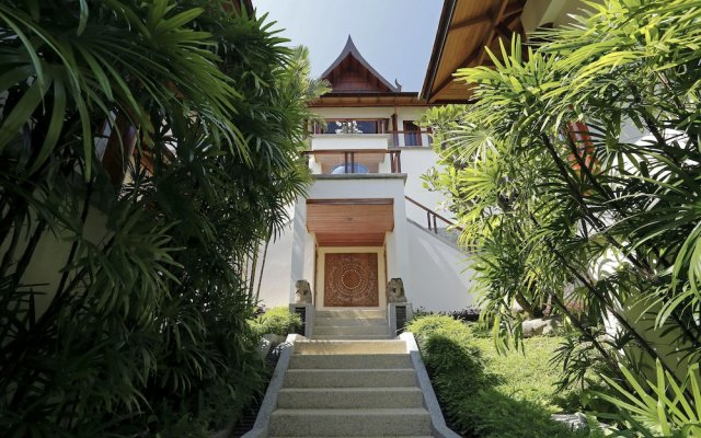 Отель Villa Talaefun at Ayara Kamala вид на фасад