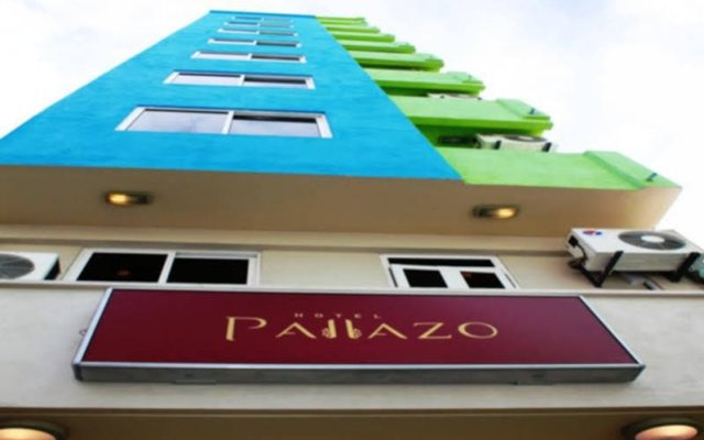 Отель PALLAZO Мале вид на фасад