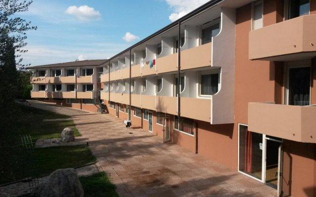 Hotel Centro Turistico Gardesano вид на фасад