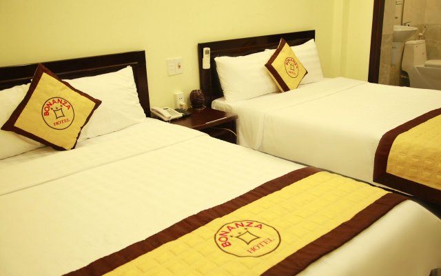 Bonanza Hotel Danang комната для гостей