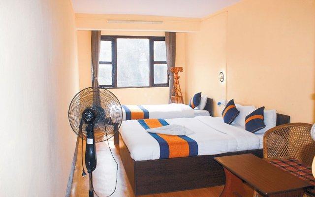 Отель Rest Up Kathmandu Hostel Непал, Катманду - отзывы, цены и фото номеров - забронировать отель Rest Up Kathmandu Hostel онлайн вид на фасад