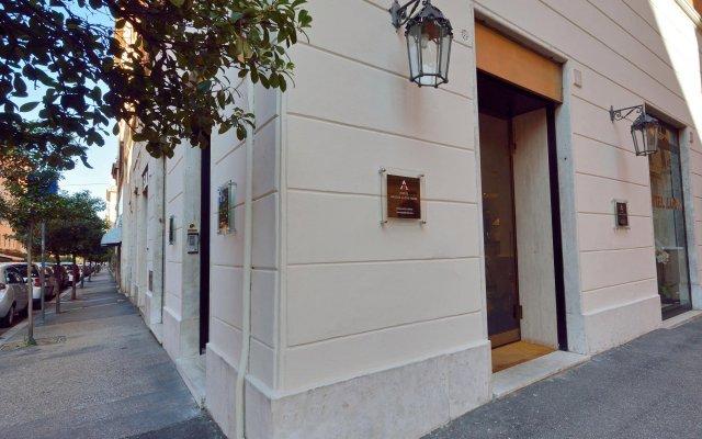 Отель Apogia Lloyd Rome Италия, Рим - 13 отзывов об отеле, цены и фото номеров - забронировать отель Apogia Lloyd Rome онлайн вид на фасад