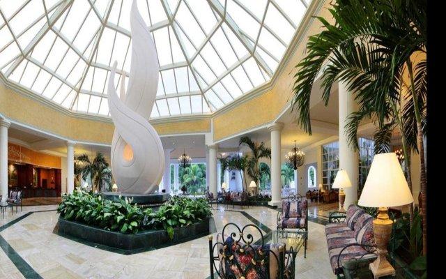 Отель Gran Bahia Principe Jamaica Hotel Ямайка, Ранавей-Бей - отзывы, цены и фото номеров - забронировать отель Gran Bahia Principe Jamaica Hotel онлайн вид на фасад