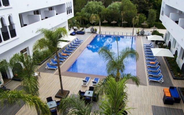 Отель Andalucia Golf Tanger Марокко, Медина Танжера - отзывы, цены и фото номеров - забронировать отель Andalucia Golf Tanger онлайн балкон