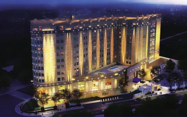 Steigenberger Hotel El Tahrir вид на фасад
