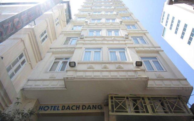 Отель Bach Dang вид на фасад