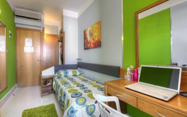 Отель Balco Symphony Residence Мальта, Гзира - отзывы, цены и фото номеров - забронировать отель Balco Symphony Residence онлайн комната для гостей
