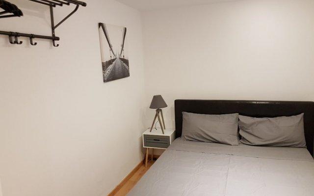 Отель Apartamento Espíritu Santo - Malasaña комната для гостей