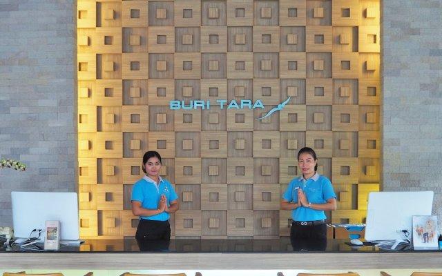 Отель Buri Tara Resort вид на фасад