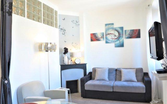 Stylish and Modern 1 Bedroom 2