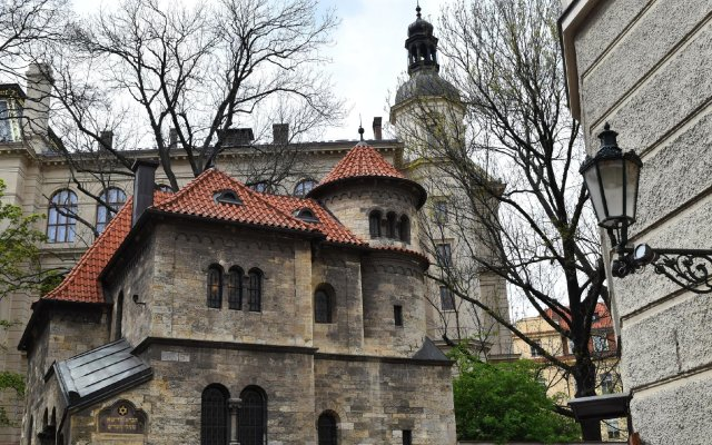 Отель Barcel�_ Old Town Praha вид на фасад