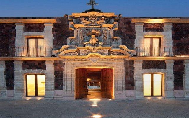 Отель de Cortés Мексика, Уаска-де-Окампо - отзывы, цены и фото номеров - забронировать отель de Cortés онлайн вид на фасад