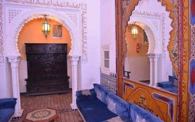 Отель Continental Марокко, Танжер - отзывы, цены и фото номеров - забронировать отель Continental онлайн вид на фасад