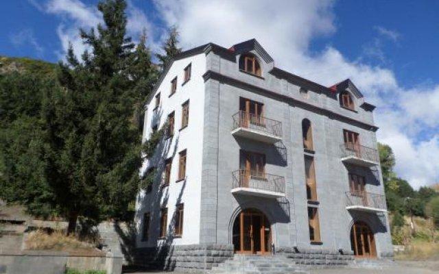 Отель Jermuk Villa Imperial Армения, Джермук - отзывы, цены и фото номеров - забронировать отель Jermuk Villa Imperial онлайн вид на фасад