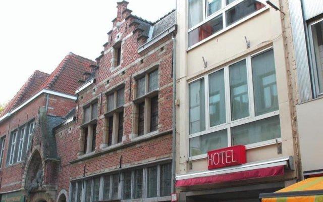 Wake Up City Hotel вид на фасад