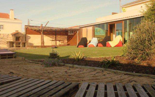 Almagreira Surf Hostel