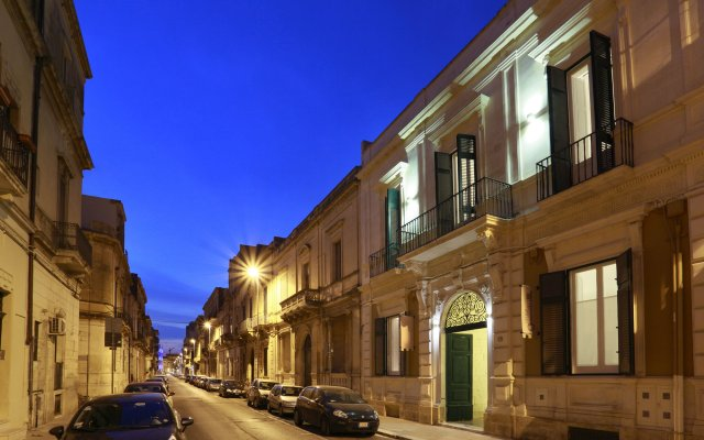 Апартаменты Santa Marta Suites & Apartments Лечче вид на фасад