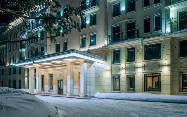 Апарт-Отель Рамада Жуковка Новосибирск вид на фасад