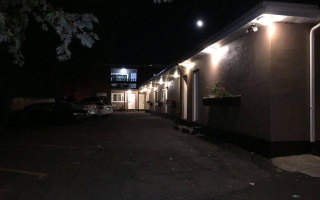 Отель Stardust Motel Канада, Оттава - отзывы, цены и фото номеров - забронировать отель Stardust Motel онлайн вид на фасад