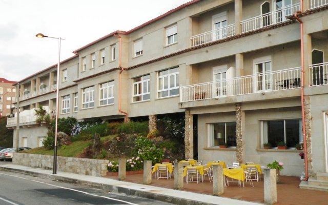 Отель Rompeolas Испания, Байона - отзывы, цены и фото номеров - забронировать отель Rompeolas онлайн вид на фасад